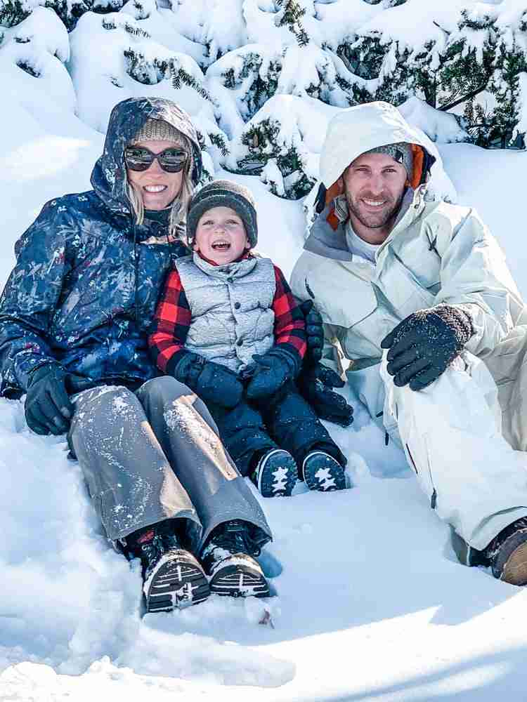 Travel with kids to snowy destinations