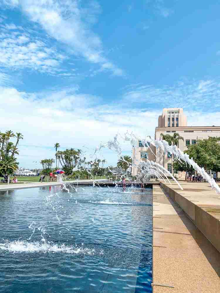 arching fountains at Waterfront Park in San Diego